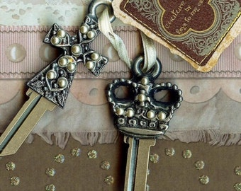 the beautiful ornate cross or queens crown key blank with tiny pearls