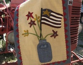 Summer Picnic Wool Appliqué Table Runner Kit and Pattern