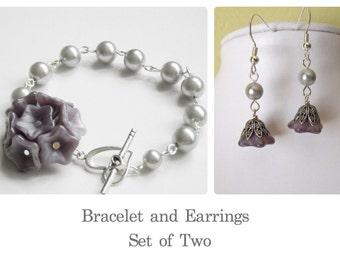 Jewelry Set of 2 - Bracelet and Earrings, Flower Charm bracelet, Dangle earring, Pearls bracelet, Drop earrings, Bridal Jewelry