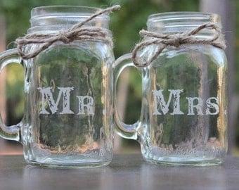 2 Mason Jars Mugs, Mr and Mrs Mason Jar Mugs, Custom Mason Jar Mugs, Couples Gift, Toasting Mason Jar Mugs, Engraved Mason Jar Mugs