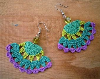 crochet earrings, fanshaped, green, lime, purple