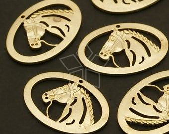 PD-517-MG / 4 Pcs - Racehorse Pendant, Matte Gold Plated over Brass / 19mm x 13mm