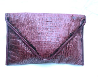 Vintage Leather Clutch Bag Purse 80s Purple Bordeaux Alligator Embossed Leather Gator Look