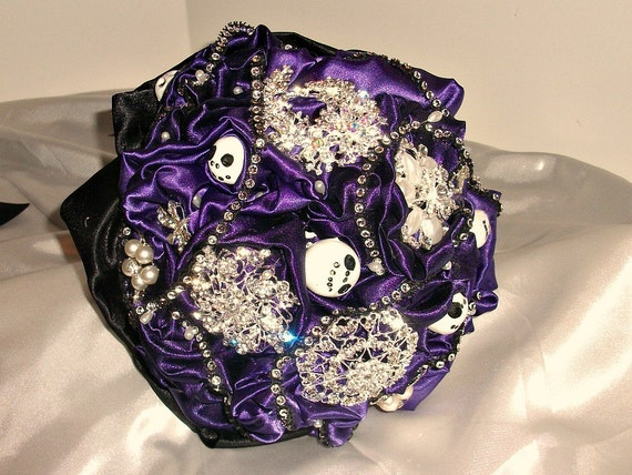 Items similar to Nightmare before Christmas themed brooch bouquet ...
