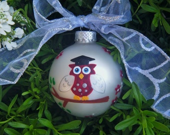 Graduation Present - Personalized Owl with Tassle Cap Ornament - Handpainted Glass Bauble, Owl with Graduation Cap and Tassel  , Grad Gift