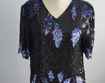 Vintage Bejeweled Sequined SCALLOPED LEAVES EDGE Top Blouse Short Sleeve