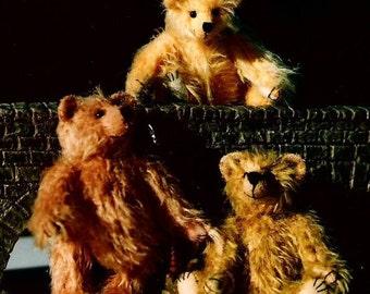 Artist Miniature Teddy Bear PDF Sewing Pattern -  Happy Chap