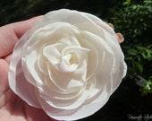 EGGSHELL/BUTTERMILK Wedding Hair Flower, Eggshell/Buttermilk Rose Hair Flower, Flower Girl Hair Accessories, Ivory Bridal Hair Accessories