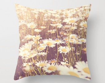 girls room decor, flower pillow cover, daisy print, floral throw pillow, white, cushion cover, nature print, summer decor, gift for her