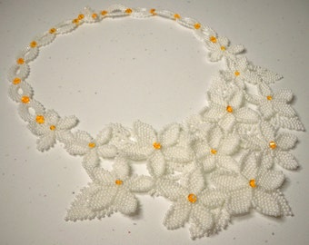 White beaded flower necklace with Swarovski Crystal