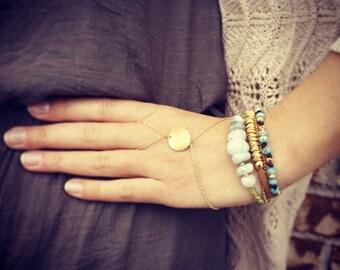 Slave bracelet - Gold hand chain bracelet - Matte brushed gold hand chain - Hand piece - Gold slave bracelet - Hand chain ring bracelet