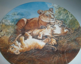 A Watchful Eye Collectible Plate by Edwin M Knowles River Shore Ltd