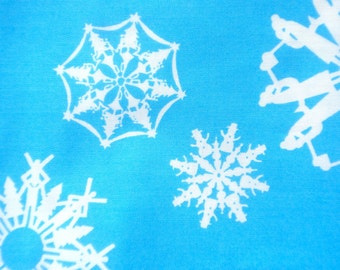 Clearance : Alexander Henry Folksy Flakes blue fabric FQ or more