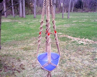 Crown Knot Macrame Plant Hanger With Red Beads