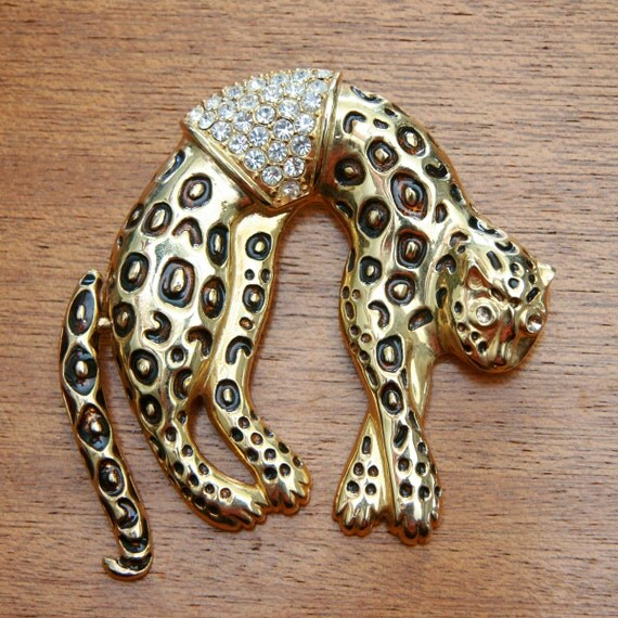 Vintage 80s Gold Toned Oversized Cheetah Brooch