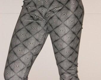 Black and white womens spandex leggings