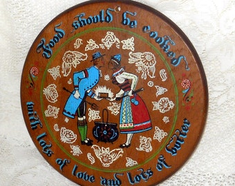 Retro Vintage Wood Plaque Kitchen Decor Trivet Dutch Couple