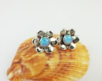 Flower  Stud Silver Earrings - E1080 - ElenadE