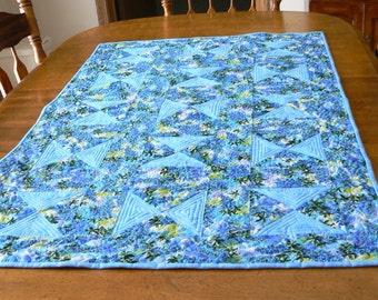 Blue Spring Hourglass Table Runner