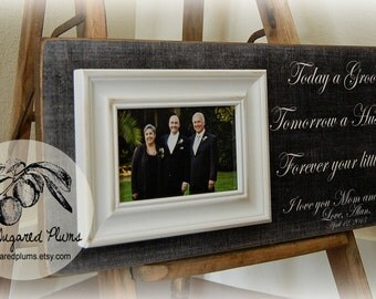 Mother of the Groom Gift, Custom Personalized Picture Frame, Father of the Groom, Parents of the Groom, Parents Gift, 8x20