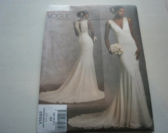 Pattern Womens Bridal Gown or Dress Sizes 18-20-22  Vogue 1032 A