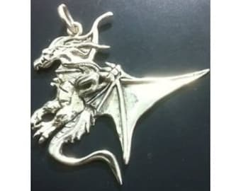 Large Sterling Silver Detailed Dragon King Wing Celtic Dragos Pendant Necklace