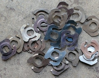 Vintage clock parts -- light metal -- D6
