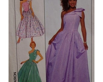 One Shoulder Evening Dress Pattern Fitted Bodice, Shaped Waistline, Full Skirt Simplicity No. 9082 UNCUT Size 6, 8