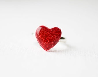 FREE WORLDWIDE SHIPPING -  Red Glitter Heart Ring