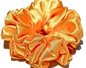 Sateen Scrunchie in Bright Yellow