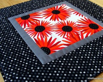 Table Topper in Modern Bright Daisy Print in Red, Black & Gray - Quilted and Reversible