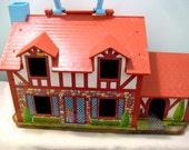 Vintage Fisher Price Little People Tudor Doll House