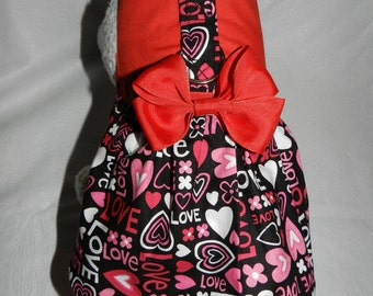 Valentines Amor Romantic Heart & Love Harness Dress with Bow. Perfect Item for your Cat, Dog or Ferret. All Items Are Custom Made.