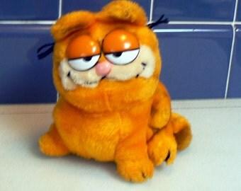 Vintage 1981 Dakin Orange Garfield
