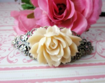 Beige Rose Hair Clip Barette. Bridal Jewelry. Gift for her. Birthday, Christmas. Wedding. Vintage Style.