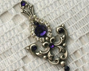 Purple Velvet Delight Bindi in Oxidized Silver Plate
