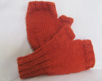 Adult Mens Red Fingerless Gloves,  L to XL, Wool blends yarn