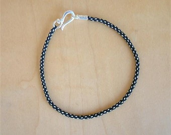 ETHnO - Tribal - Black and White - Woven Cord Bracelet / Hand Knotted by fig&fig