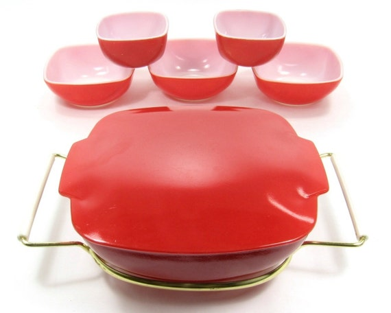 Vintage Primary Red Pyrex Dish with Matching Lid, Metal Holder, and 5 Pyrex Bowls