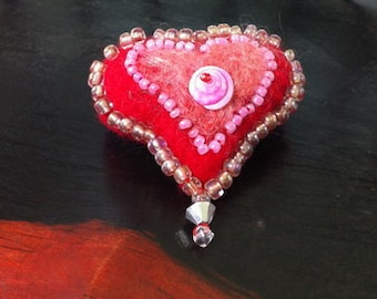 Needle felted, beaded valentine heart brooch, heart brooch, valentine's gift