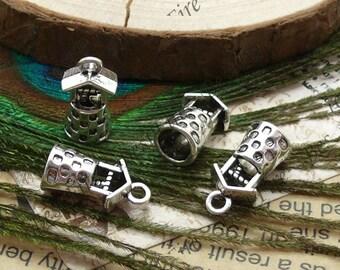 10 pcs of Antiqued silver metal 3D well pendant ,3Dcharm pendant 8x17mm