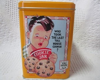Vintage Tin NESTLE Toll House Cookie Tin Container Yellow Americna Advertising 1970's