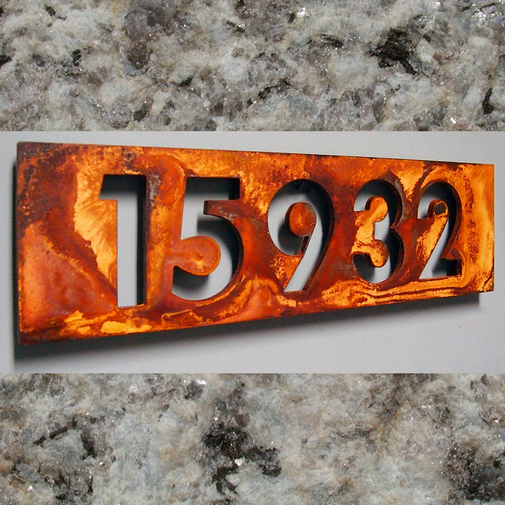 Custom modern floating house numbers in rusted steel for Floating house letters