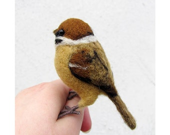 Needle felted sparrow
