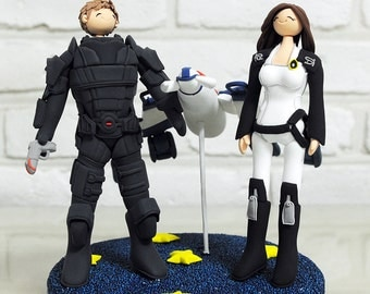 Custom Cake Topper -Gears and Spaceship from Mass Effect-