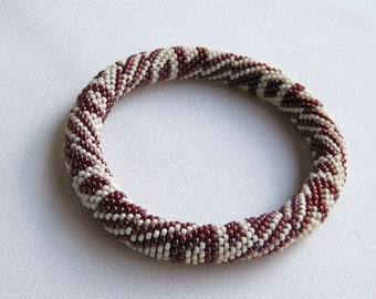 Bead Crochet Pattern:  Reverse Interior Boxes Bead Crochet Bangle Pattern