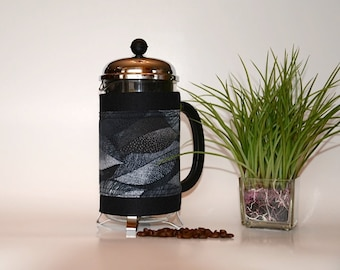 "French Press ""Bean Belt"" Coffee Cozy - ""Dotted Leaves"" Black"