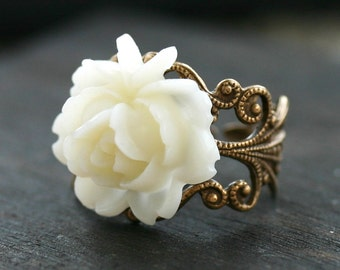 Victorian Purity Rose Cocktail Ring