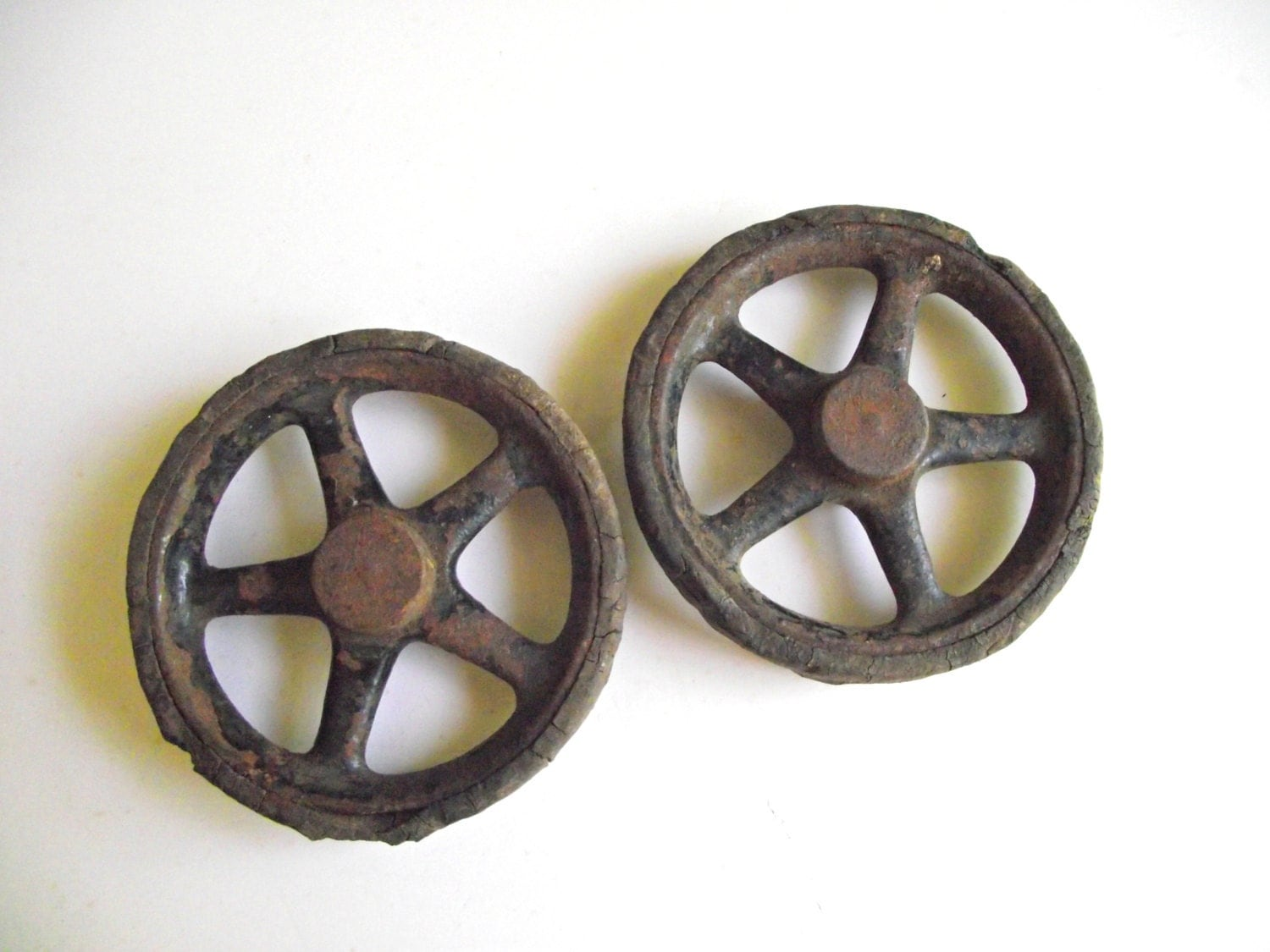 Antique Toy Wheels Cast Iron And Rubber Industrial Salvage
