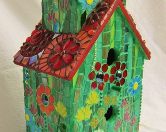 Birds' Love Nest - Mosaic Birdhouse